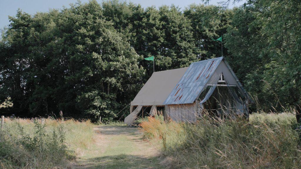 wilderness weddings Kent barn